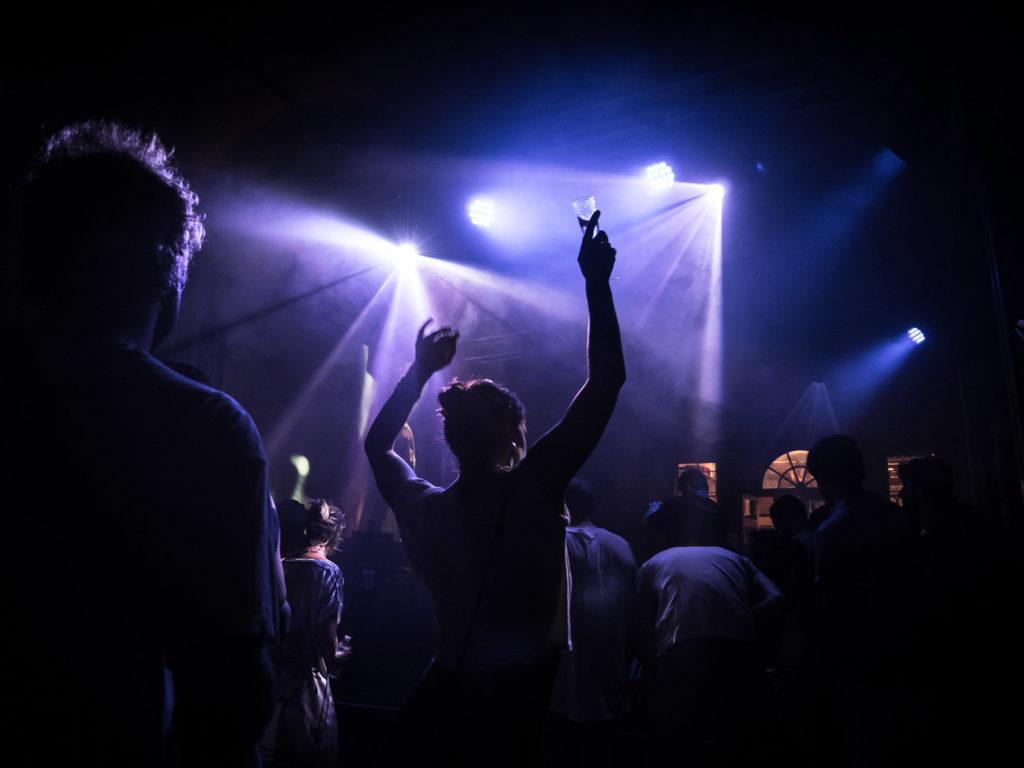 festival eav8 dj set concert creation originale atelier masterclass performance audiovisuelle pluridisciplinaire bordeaux