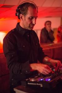 Julien Dumeau à la Caisse@NicolasMarand